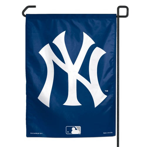 "New York Yankees MLB 11"" x 15"" Garden Flag - Logo"