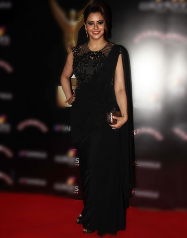 Bollywood Actress Aamna Sharif Black Saree