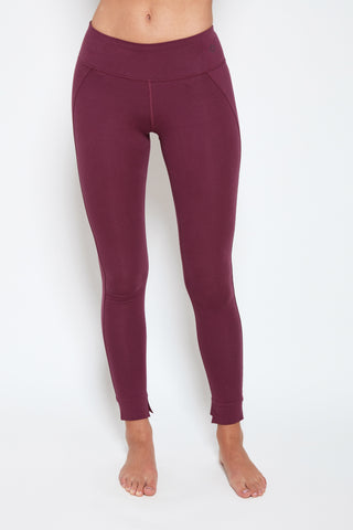 Mantra Legging in Aubergine