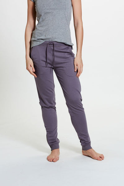 Janu Jogger in Purple