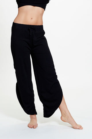 Tessa Pant in Black