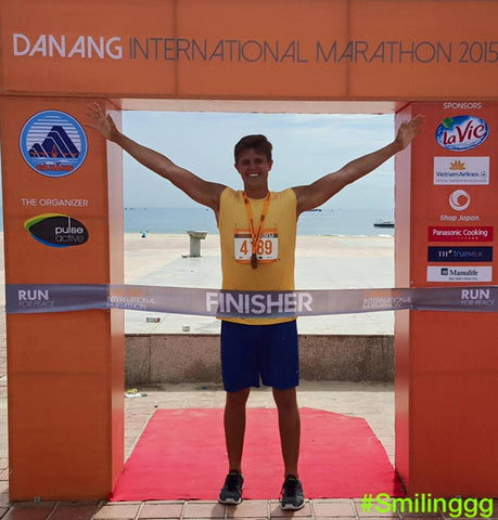 James Smilinggg after Da Nang Marathon in 2015