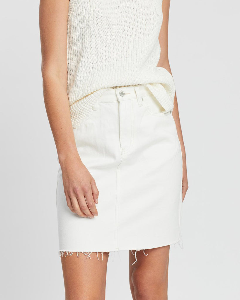 Assembly Label Rigid Fray Skirt Vintage White