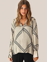 Second Female Isa Long Sleeve Blouse Abbey Stone