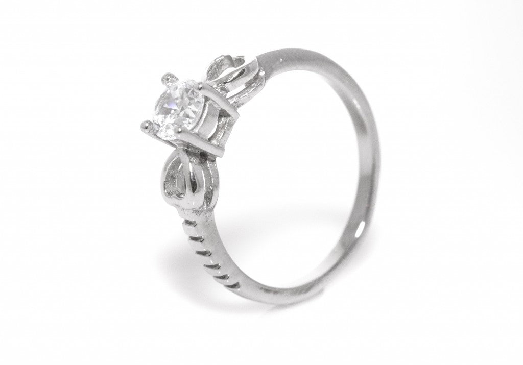 Willow Heart Engagement Ring With Swarovski Zoey