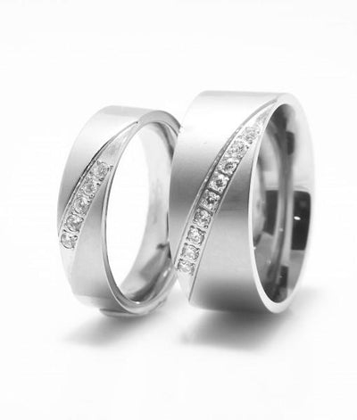 Chantelle Titanium Wedding Ring with Swarovski Crystals (Men)