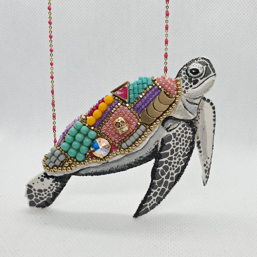 DAY 26 - TREASURE-SHELL SEA TURTLE Handmade Fabric Necklace - Triangle of Bears