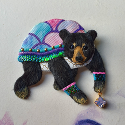DAY 19 - MAGICAL TORTOISE-SHELL BEAR Handmade Fabric Brooch - Triangle of Bears