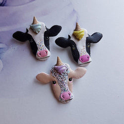MYSTERY UNICONE COW Lucky Dip Brooch - Triangle of Bears