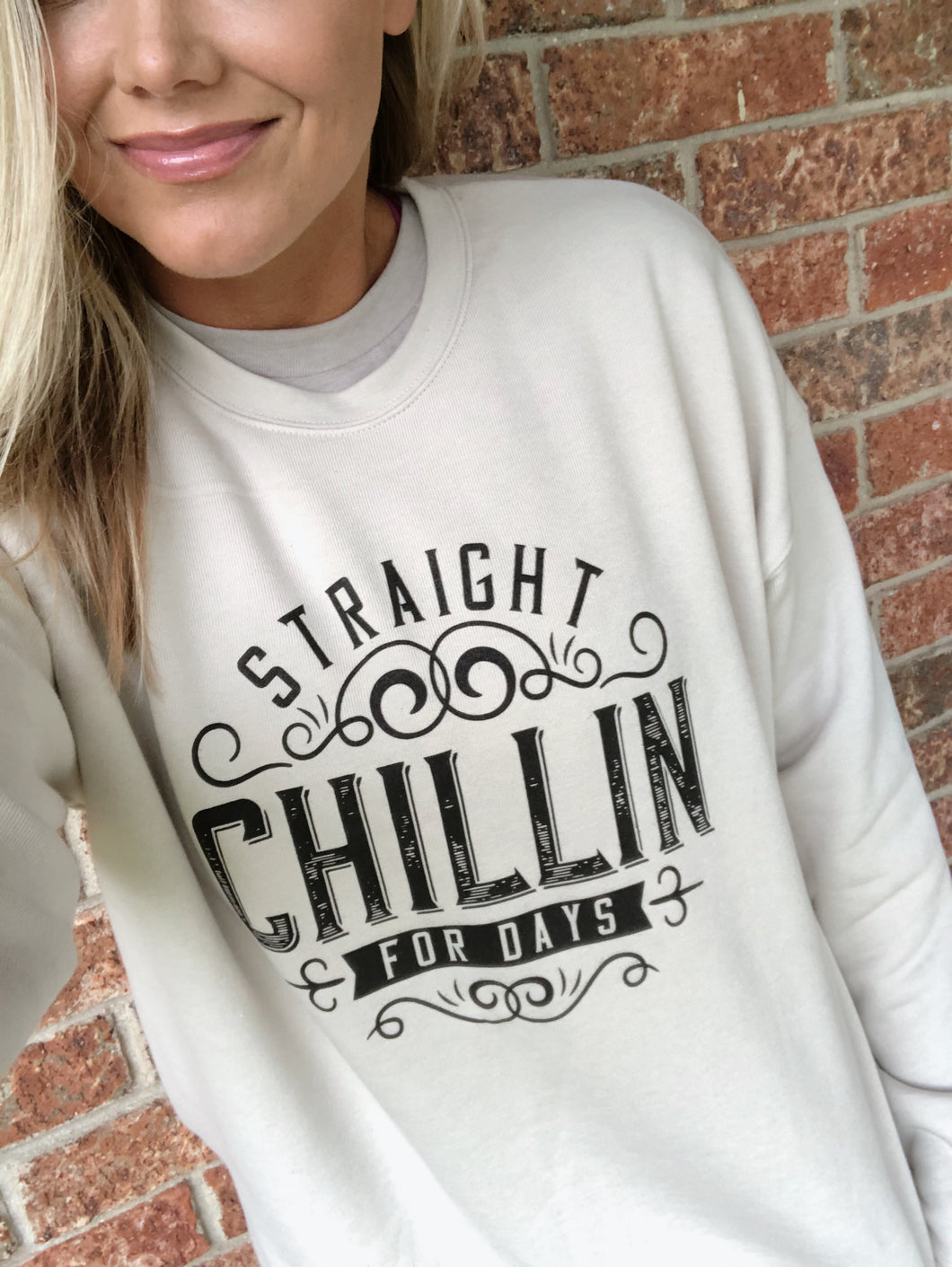 CHILLIN (DUST) CREWNECK SWEATER