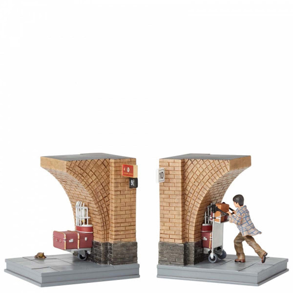 Wizarding World of Harry Potte HARRY POTTER BOOKENDS 6003337