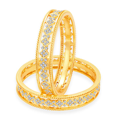 Sukkhi Eye-Catchy Gold Plated AD Bangle For Women