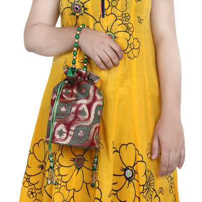 Sukkhi Traditional Red, Green and Gold Potli Bag-3
