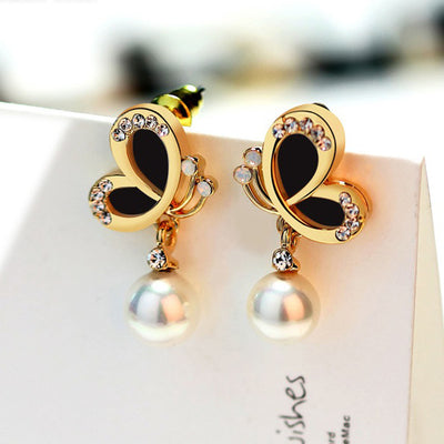 Sukkhi Trendy Black Pearl Gold Plated Earring for Women