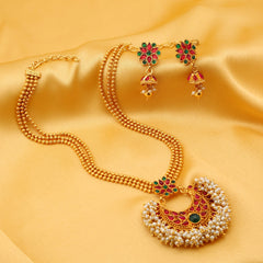 0032 Sukkhi Traditionally Gold Plated Necklace Set For Women