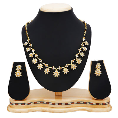 Sukkhi Stylish Gold Plated Collar Necklace set For Women