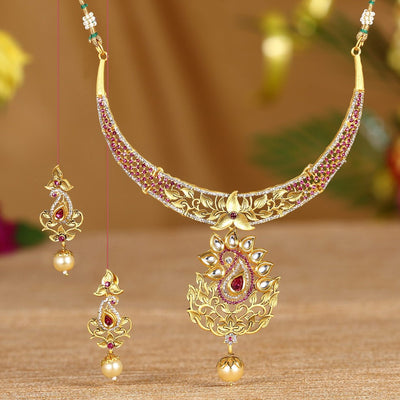 Sukkhi Dazzling Ad Gold Plated Necklace Set For Women