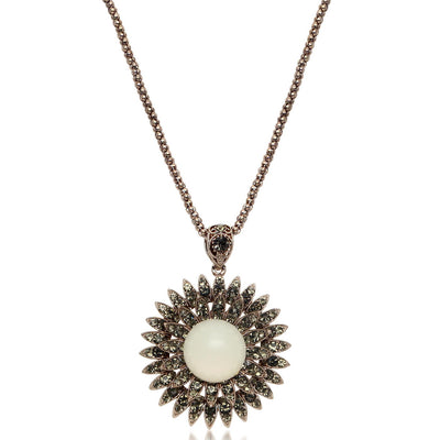 Sukkhi Glimmer Gold Plated Sun shaped Necklace For Women