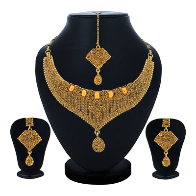 Sukkhi Astonish Choker Gold Plated Necklace Set Set for Women