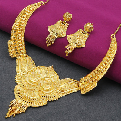 Sukkhi Pretty 24 Carat Gold Plated Choker Necklace Set for Women