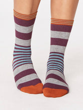 Load image into Gallery viewer, Mint Stripey Bamboo Socks
