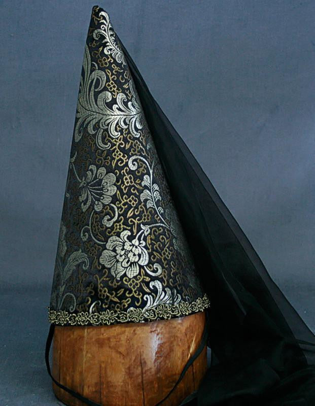 Steepled Hennin Cone - Black / Black Veil - Tall Toad