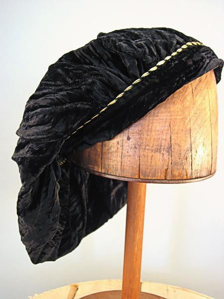 Crushed Velvet Beret - Black Long / Gold Trim - Tall Toad