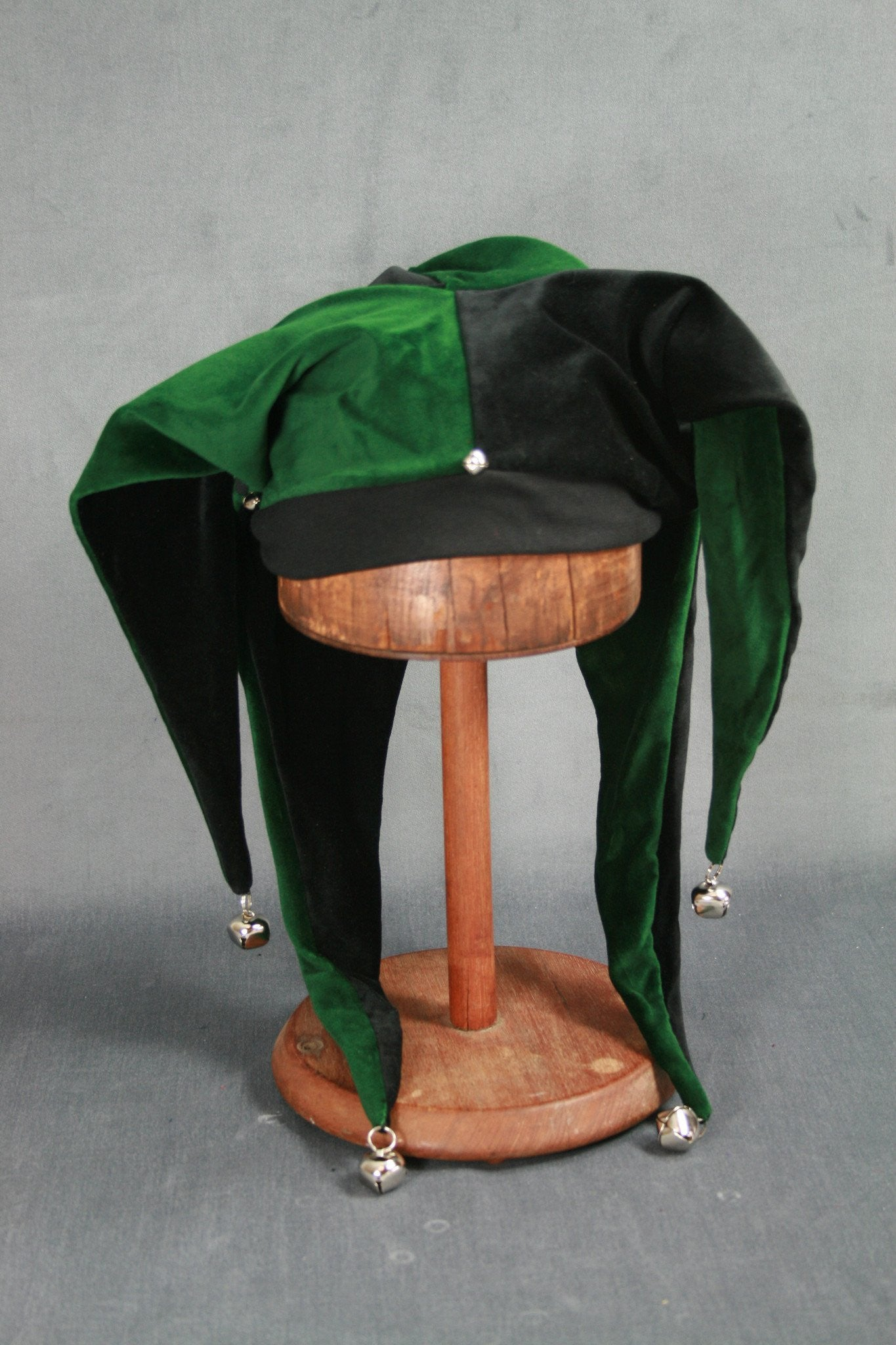 Jester Hat - Black / Green - Tall Toad
