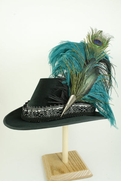 Tall Hat - Black / Pleated Silver Smooth Velvet - Tall Toad