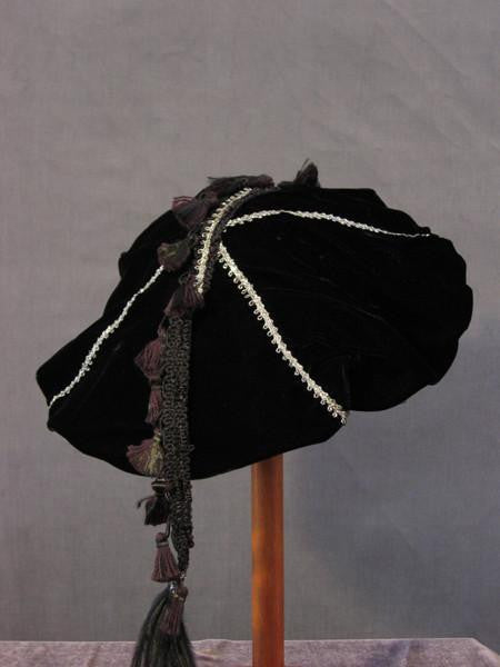 Tasseled Beret - Black / Silver - Tall Toad