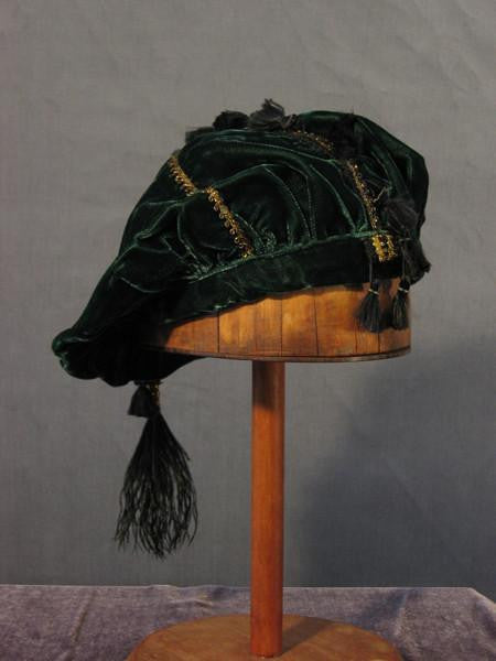 Tasseled Beret - Green / Gold - Tall Toad