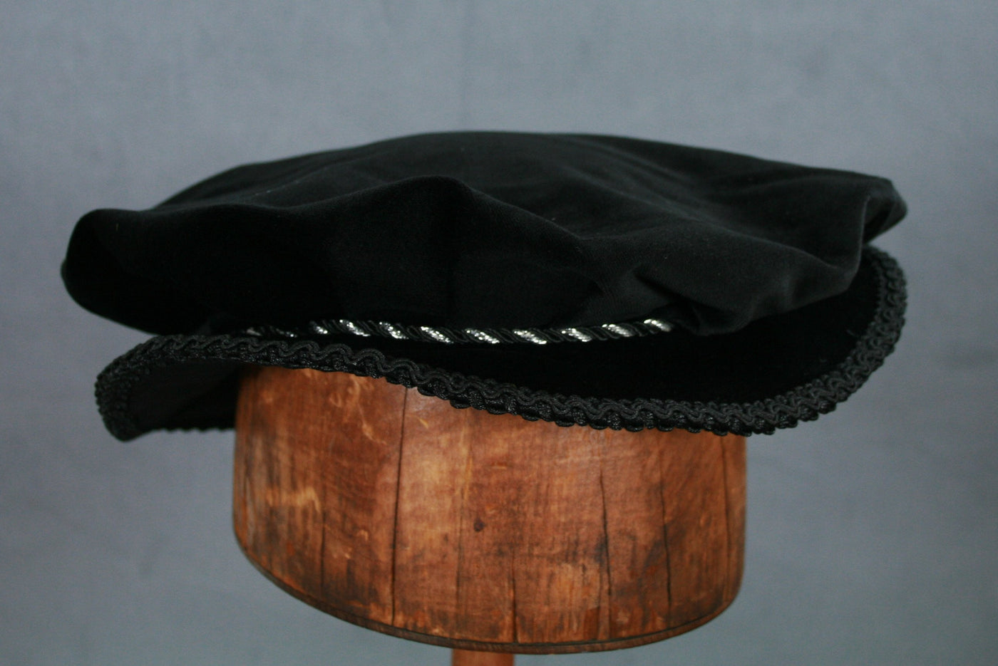 Pleated Flat Cap - Black / Silver Trim - Tall Toad