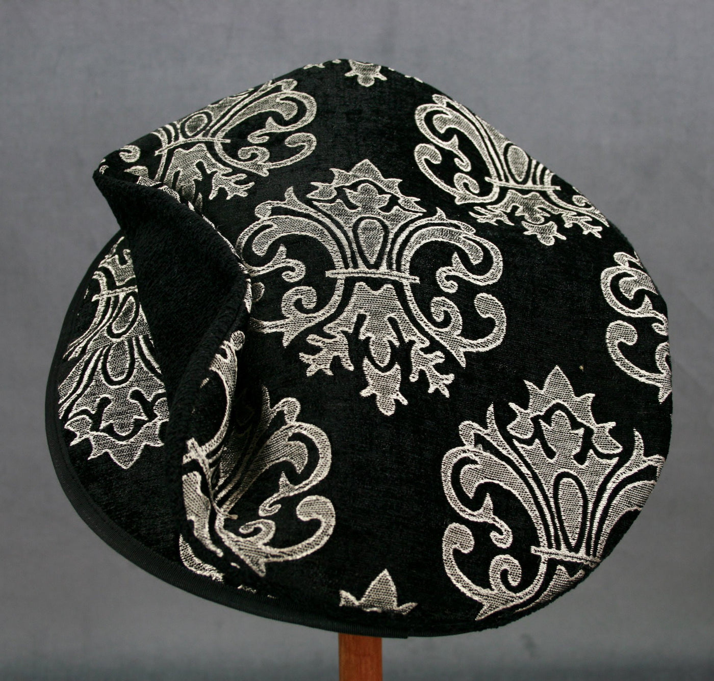 Flat Cap - Black Gray White Chenille - Tall Toad