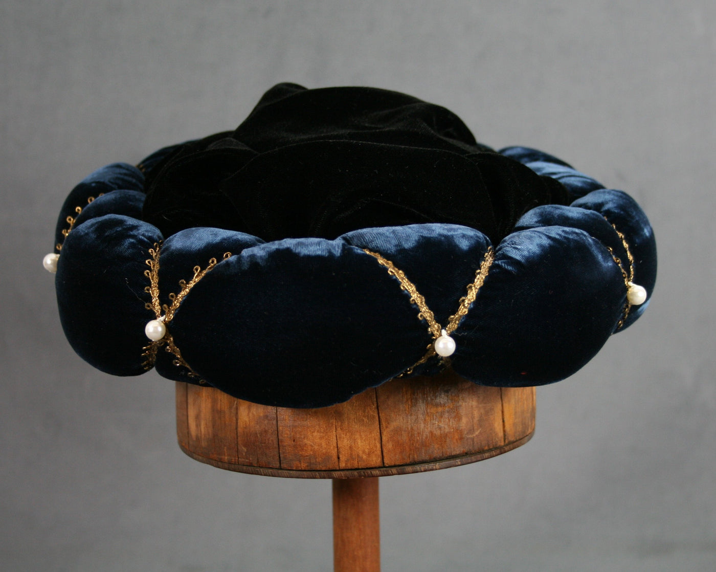 Roundlet - Blue / Gold Trim / Pearls - Tall Toad