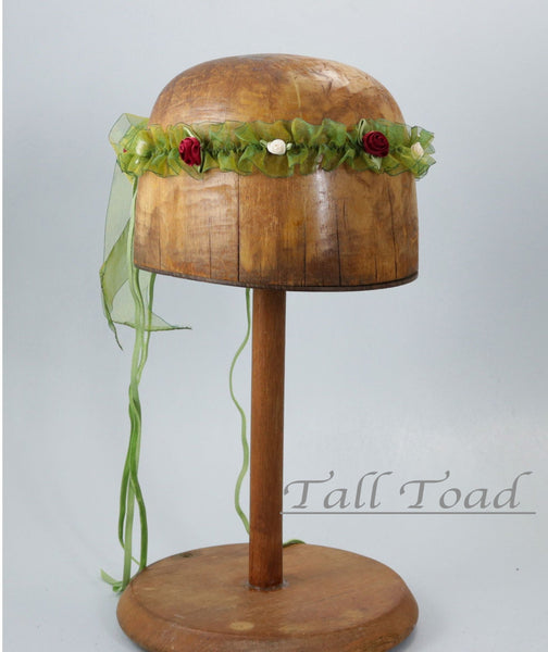 Isabella Ribbon Chapelet - Green / Cinnamon - Tall Toad