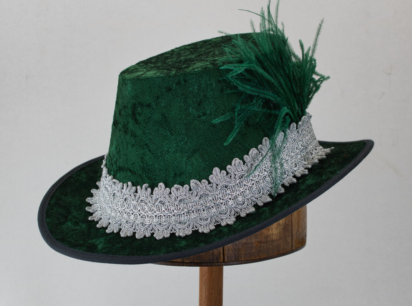 Crushed Velvet Tall Hat - Forest Green / Silver - Tall Toad