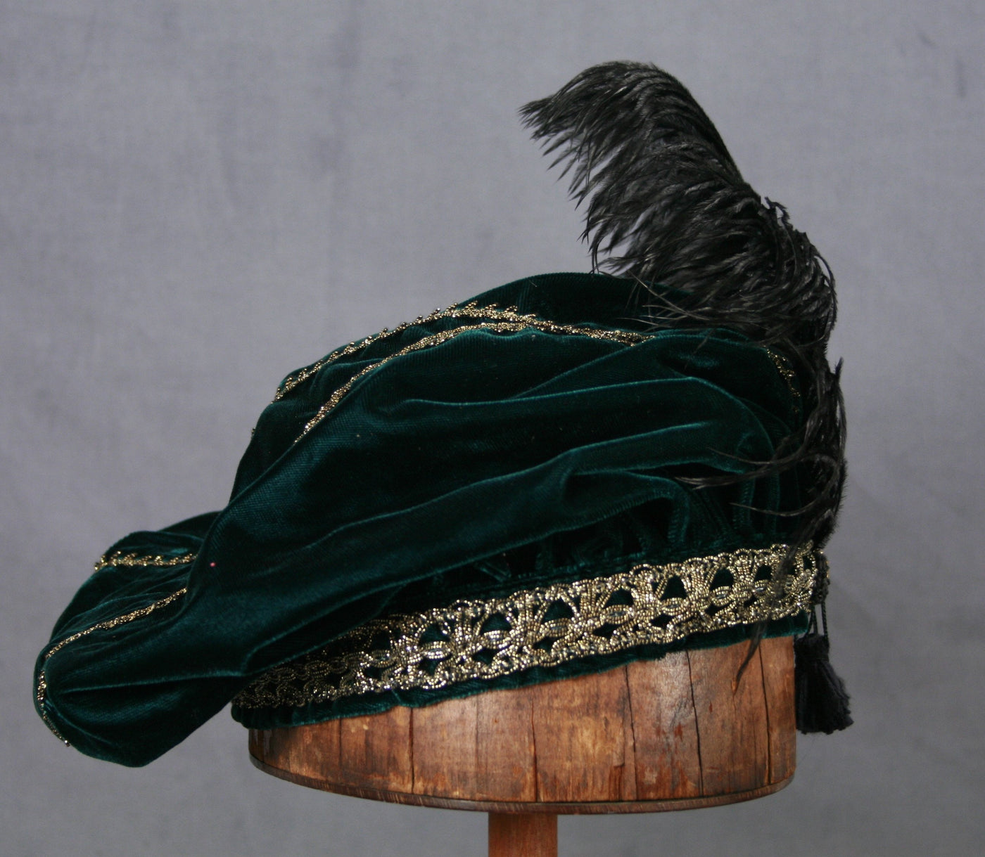 Feathered Beret - Teal / Gold - Tall Toad