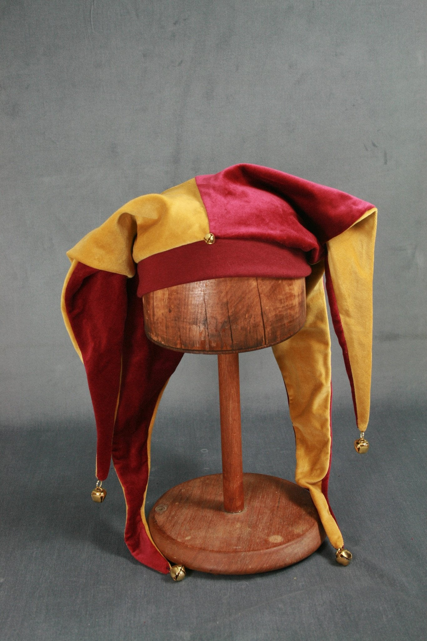 Jester Hat - Wine / Gold - Tall Toad