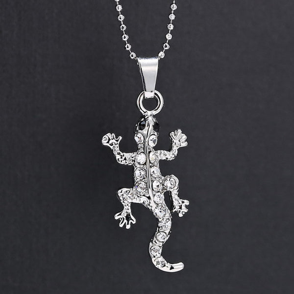 Trendy Lizard Pendant Crystal & Silver With Lovely Necklace
