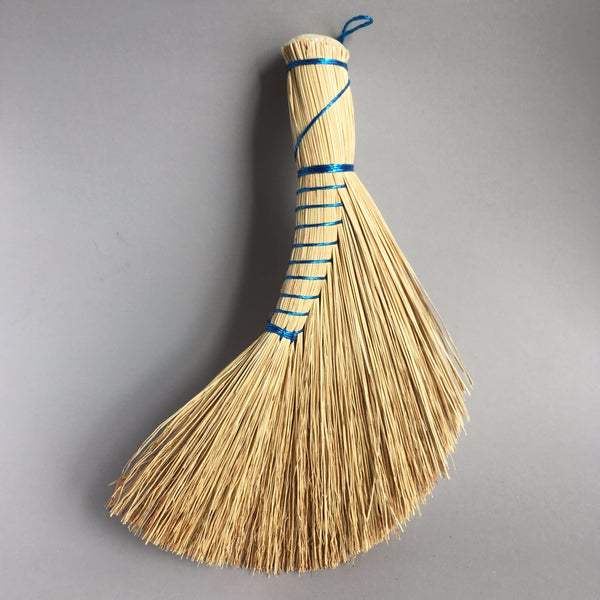 Rice straw brush, Dutch style