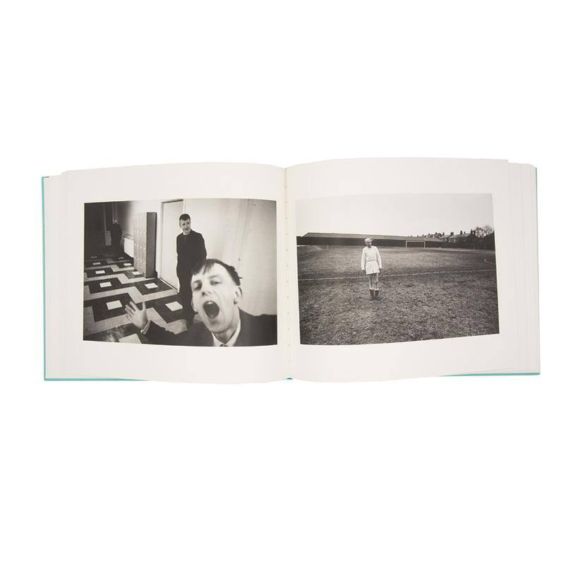Livre signé Early Works de Martin Parr-The Woods Gallery