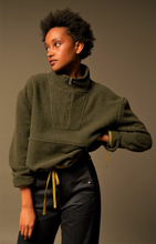 Load image into Gallery viewer, Geronimo khaki pullover