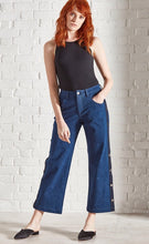 Load image into Gallery viewer, Magnesium wide leg popper jean