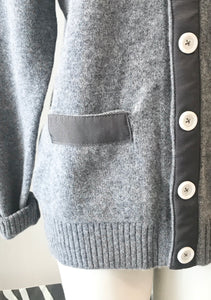 British lambswood cardigan with grey ribbon and silver snaps