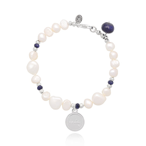 "Pearl and Sapphire Bracelet with ""Éxito"" Charm (Silver)"