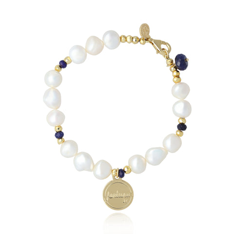 "Pearl and Sapphire Bracelet with ""Fortuna"" Charm (Golden)"