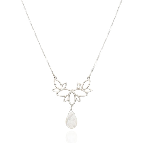 Paradise Sterling Silver Necklace With Mother Of Pearls