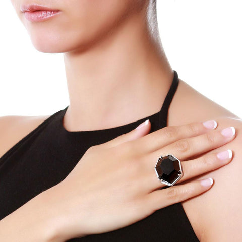 Circular Silver Ring with Black Agate
