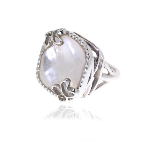 Boreal Large Silver Ring with White Mother Pearl