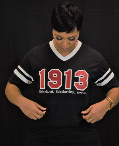 DST 1913 V Neck Black and White Jersey T-shirt